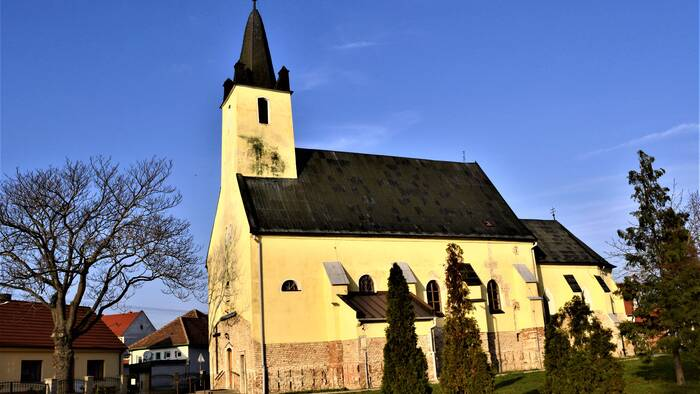 Get to know the sacral monuments of five villages in the Trnava region-14