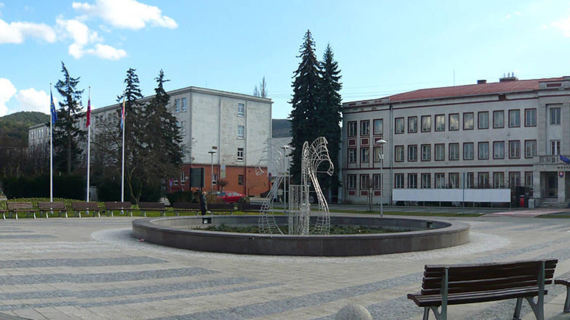 573ae3253d6d Galéria okolia. Mesto Partizánske